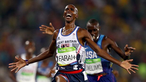 Ecstasy for Mo Farah as he wins the 5000m in consecutive games.